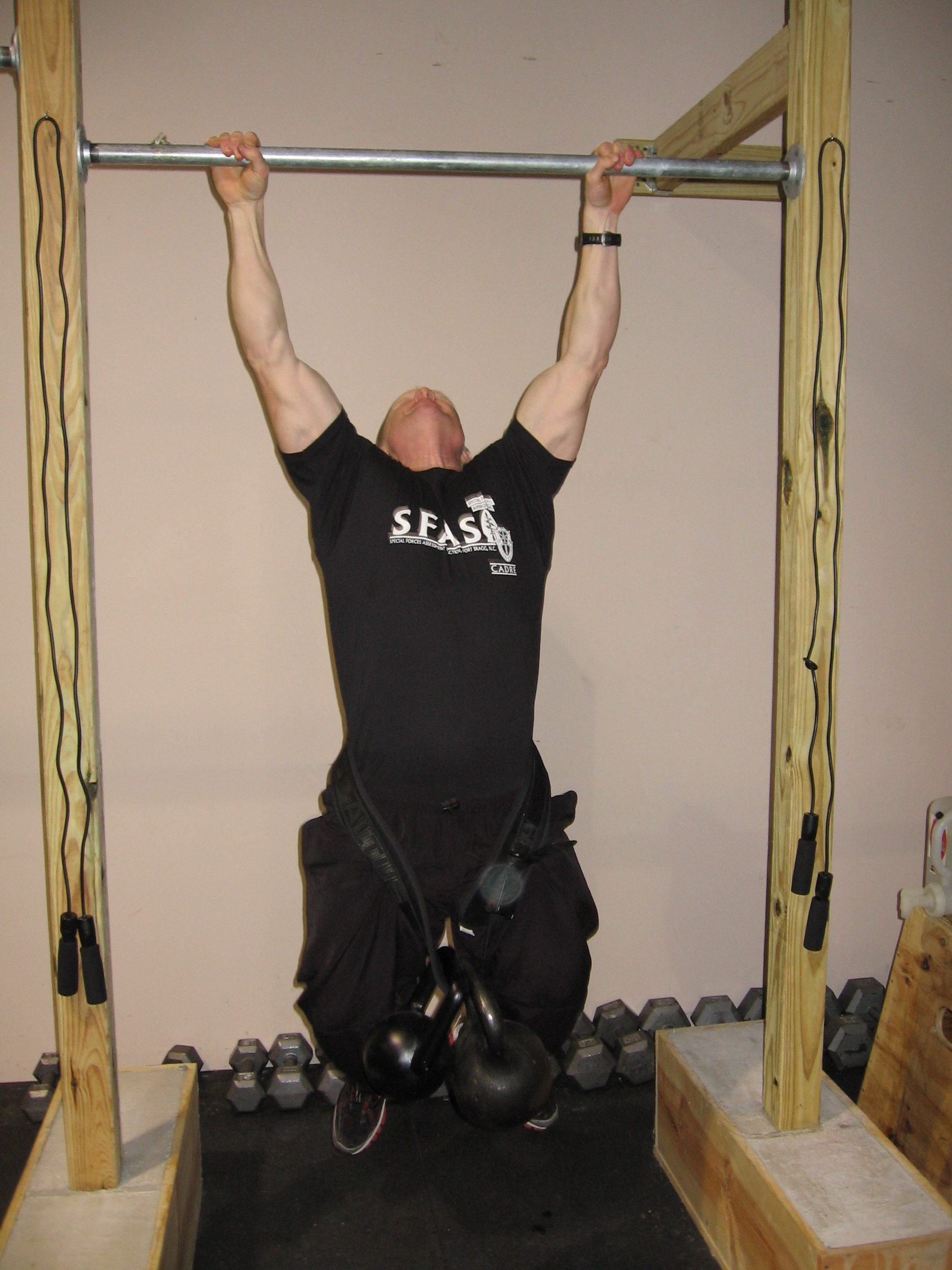 okiedb-weighted-pull-up.JPG